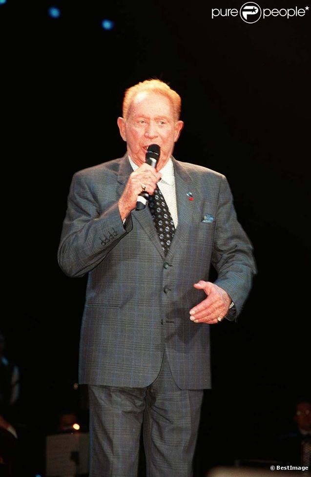 Charles Trenet à Paris, le 10 mars 1996.