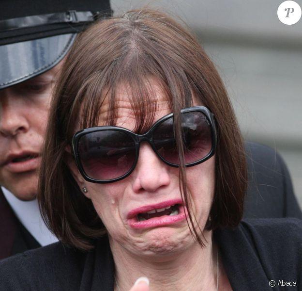 Jackiey Budden lors de l'enterrement de sa fille Jade Goody à Essex en janvier 2009
