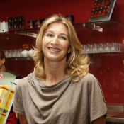 Steffi Graf : Toujours élégante, la championne ouvre son salon de thé