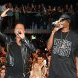 Jean-Roch et Snoop Dogg lors de l'anniversaire de Jean-Roch au VIP ROOM à Paris le 5 octobre 2011