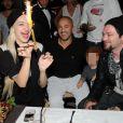 Porcelain Black, RedOne et Bam Margera lors de l'anniversaire de Jean-Roch au VIP ROOM à Paris le 5 octobre 2011