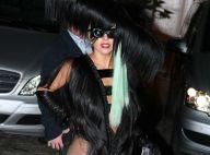 Lady Gaga dévoile des parties de son corps dans son body de poils