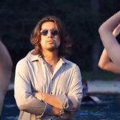 Lulu Gainsbourg, entouré de nymphes, se mouille et nous met l'eau à la bouche