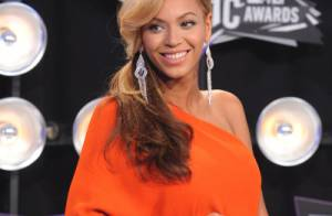 Beyoncé : Carton rouge pour ses looks de femme enceinte