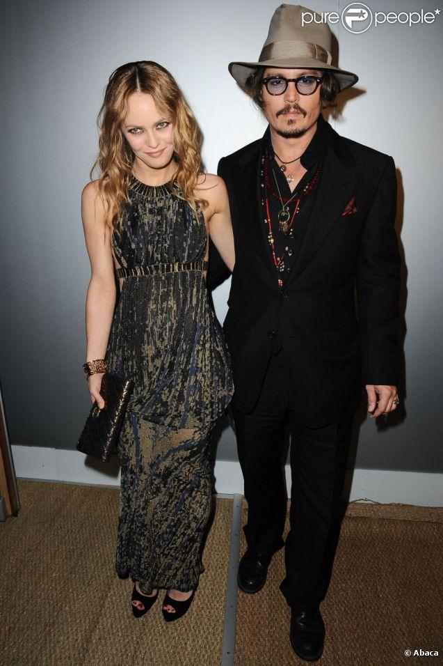 Vanessa Paradis et Johnny Depp, à Cannes, le 18 mai 2010.