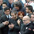 Valentino Rossi et Rossella Simoncelli lors de l'enterrement du jeune pilote Marco Simoncelli le 27 octobre 2011 à Coriano