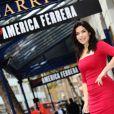La sublime America Ferrera à Londres, le 31 octobre 2011. La star a rejoint le casting de la comédie musicale Chicago