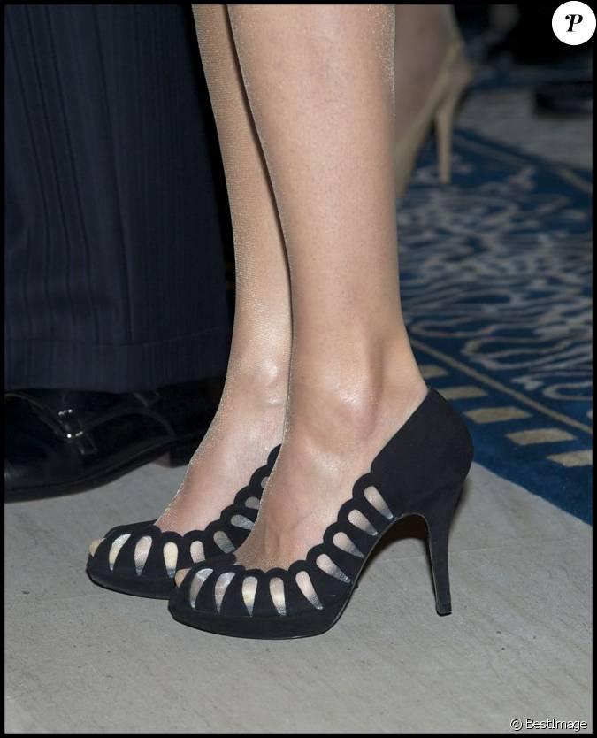 Chaussures de letizia d 39 espagne lors du 125 anniversaire for Chambre de commerce francaise en grande bretagne