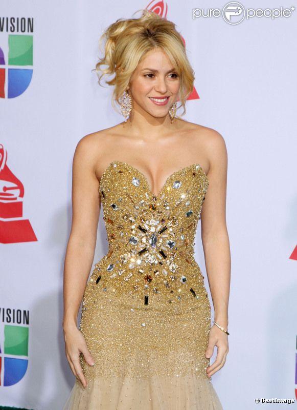 Shakira se rend à la soirée des Latin Grammy Awards, le jeudi 10 novembre 2011 à Las Vegas.