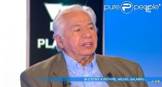Michel Galabru sur le plateau de Cyril Viguier Vendredi sur un plateau sur France 3 le vendredo 25 novembre 2011