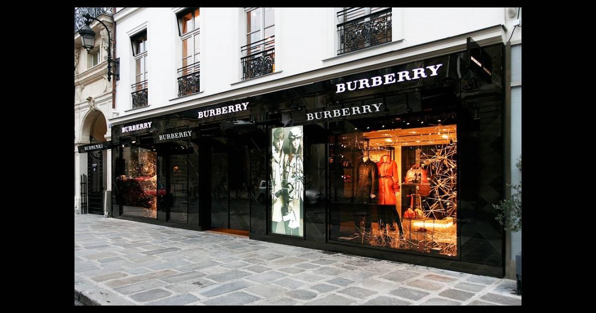 boutique burberry rue du faubourg saint honor. Black Bedroom Furniture Sets. Home Design Ideas
