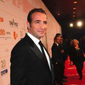 Jean Dujardin : Un perdant très élégant parmi de superbes actrices