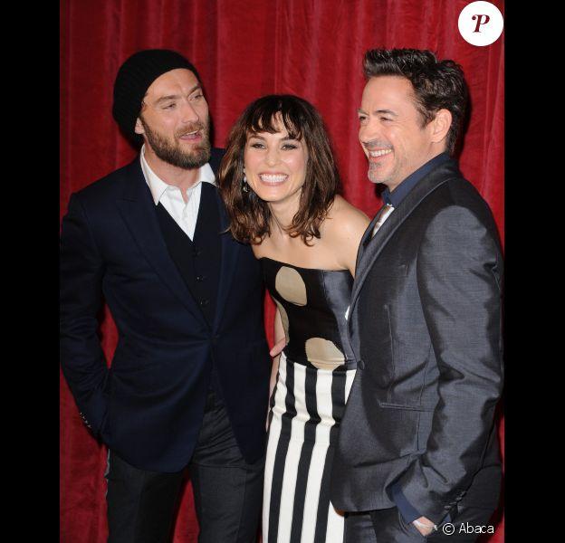 Robert Downey Jr., Noomi Rapace et Jude Law présentent Sherlock Holmes : Jeu d'ombres à Londres, le 9 décembre 2011.