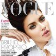 Adriana Lima brille dans son pays avec cette couverture du Vogue brésilien en février 2011.