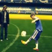 Justin Bieber : Balle au pied, il humilie les stars de Chelsea !