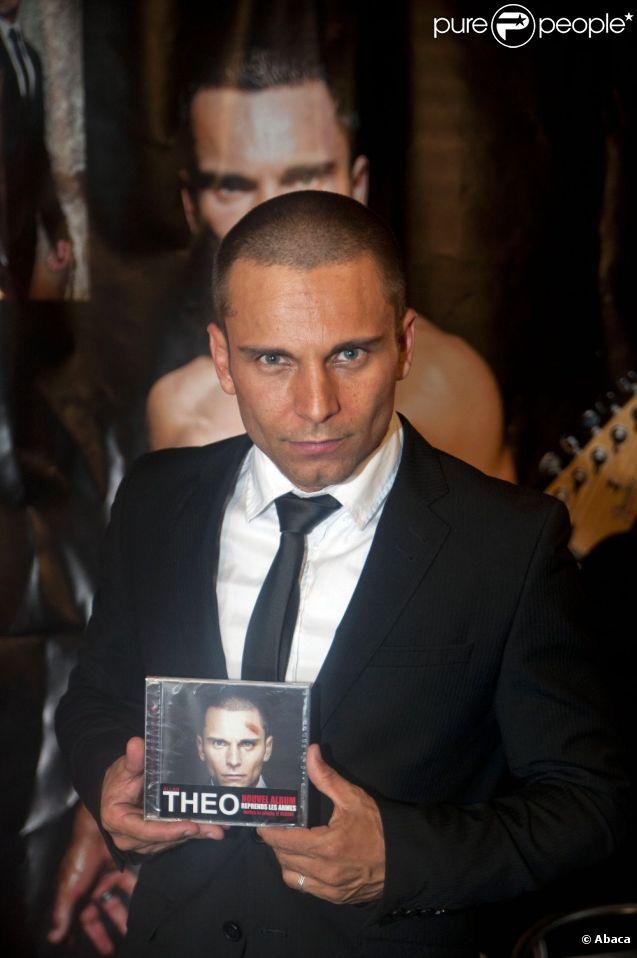 Allan theo pr sente son album lors du salon de l 39 erotisme for Video du salon de l erotisme
