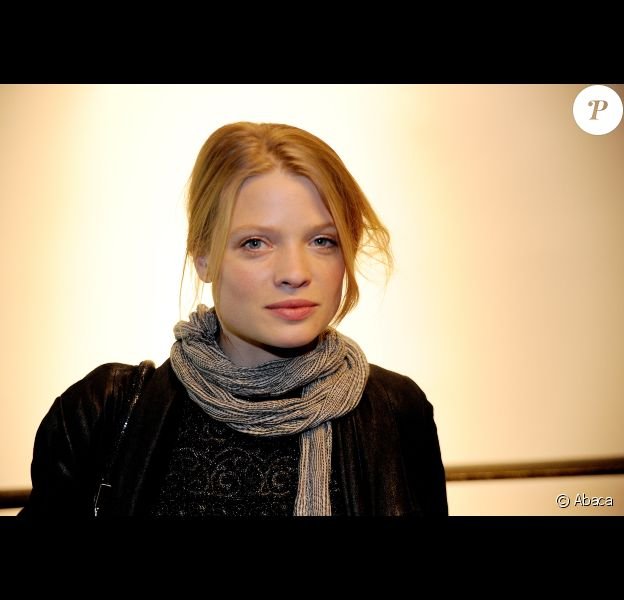Mélanie Thierry présente le court métrage La vitesse du passé, à Paris, le 15 décembre 2011.
