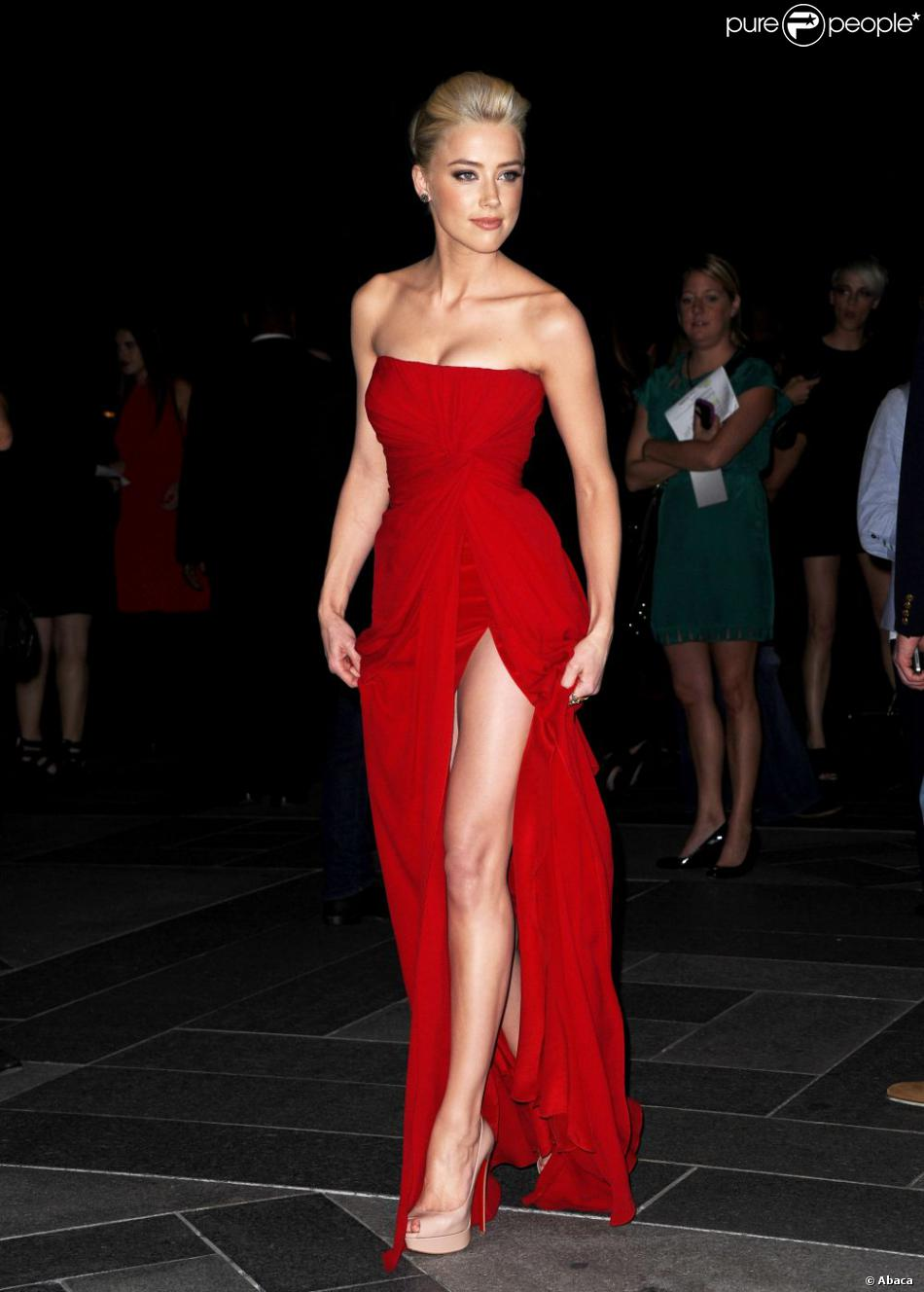 Amber Heard Nouvelle Bombe Hollywoodienne Une Silhouette