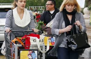 Jessica Alba : Maman pressée heureusement épaulée pour briller à Noël