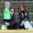 Debra Messing, Daniel Zelman et leurs fils Roman à Los Angeles, le 11 octobre 2009.