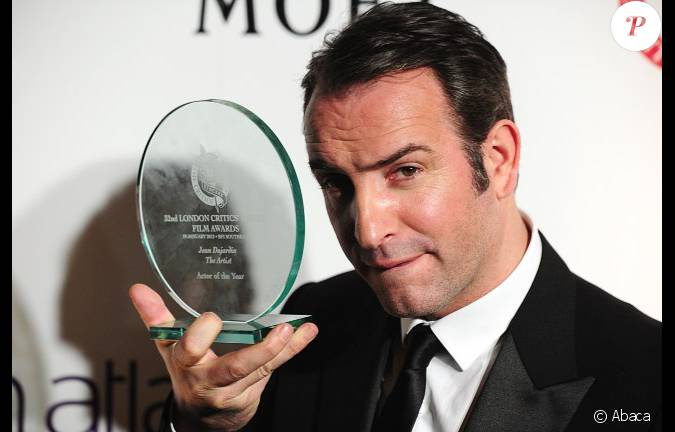 Jean dujardin lors des london film critics 39 circle awards for 94 jean dujardin