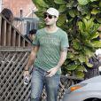 Eduardo Cruz ne quitte plus sa belle Eva Longoria dans les rues de Los Angeles. Janvier 2012