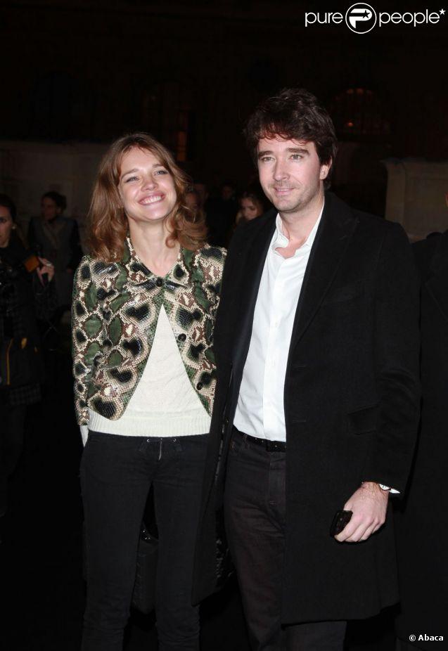 Natalia Vodianova et Antoine Arnault lors du défilé Etam lingerie à Paris le 23 janvier 2012