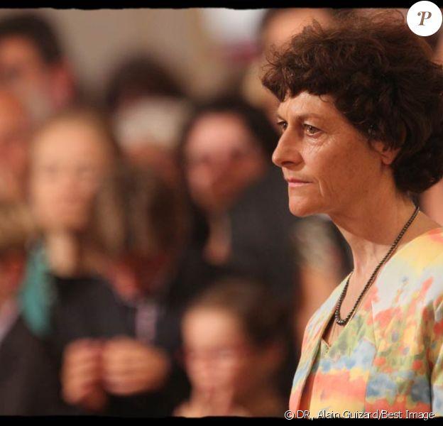 Jeannie Longo lors desa remise des insignes de commandeur de la Légion d'honneur, le 6 juillet 2011. Placé en garde à vue, Patrice Ciprelli, mari de Jeannie Longo, a été mis en examen par un juge de Grenoble le 10 février 2012, suite à des achats avérés d'EPO à l'étranger.
