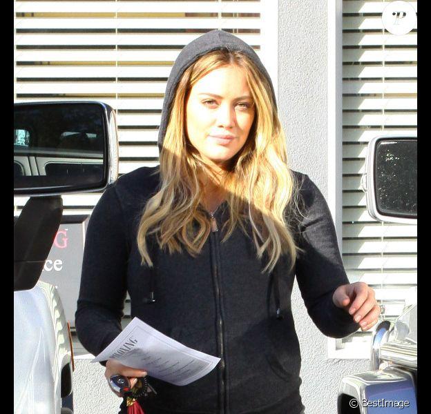 Hilary Duff se rend à son cours de sport, le vendredi 10 février 2012, à Los Angeles.