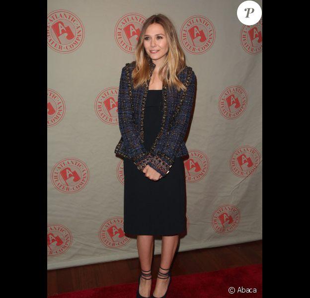 Elizabeth Olsen lors de la soirée de Gala du Atlantic Theater Company à New York City le 5 mars 2012