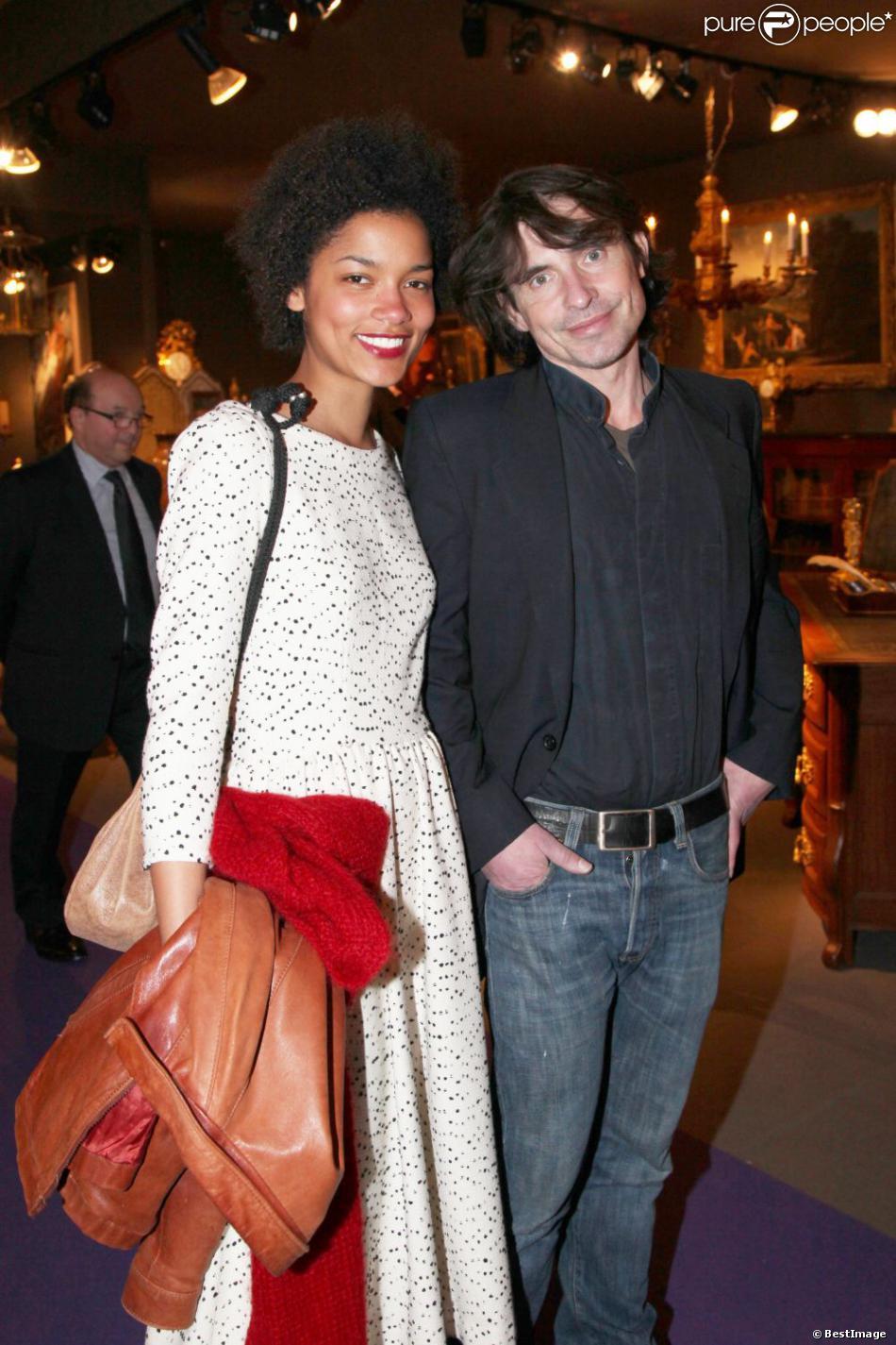 Arno Klarsfeld et sa fiancée à la soirée Massimo Gargia au ...