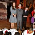 Kate Middleton et le prince Charles en visite au programme The Great Art Quest de la Foundation for children and the arts, à Londres, le 15 mars 2012.
