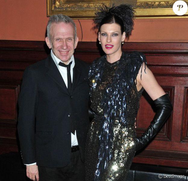 Jean-Paul Gaultier et Linda Evangelista au lycée français de New York. Le 17 mars 2012.