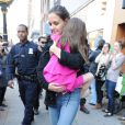 Katie Holmes et sa fille Suri à New York, le 20 mars 2012