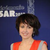 Valérie Bonneton: portrait d'une femme libre, 'seule et pas du tout malheureuse'