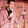 Mustapha El Atrassi à New York, sur la scène du Comedy Cellar, en mars 2012.
