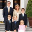 L'infante Cristina d'Espagne en famille avec son mari Iñaki et leurs quatre enfants, à Washington, pour la carte de voeux du Nouvel An 2012.