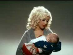 PHOTO + VIDEO : Christina Aguilera appelle au vote avec son bébé ! (réactualisé)