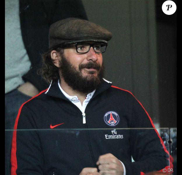 Michaël Youn le 8 avril 2012 au Parc des Princes à Paris lors du match PSG-OM