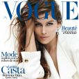 Laetitia Casta en couverture du magazine Vogue Paris de mai 2012.