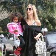 Heidi Klum et sa fille Lou dans les rues de Los Angeles le 14 avil 2012