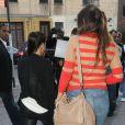 Kim Kardashian et sa soeur Khloe sur le tournage de leur télé-réalité dans les rues de New York le 21 avril 2012