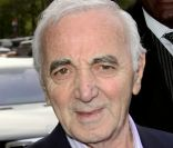 Charles Aznavour explique son incident de New York avec 'un producteur escroc'