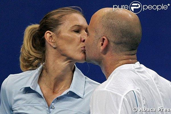 Steffi Graf Et Son époux André Agassi Champions De Tennis