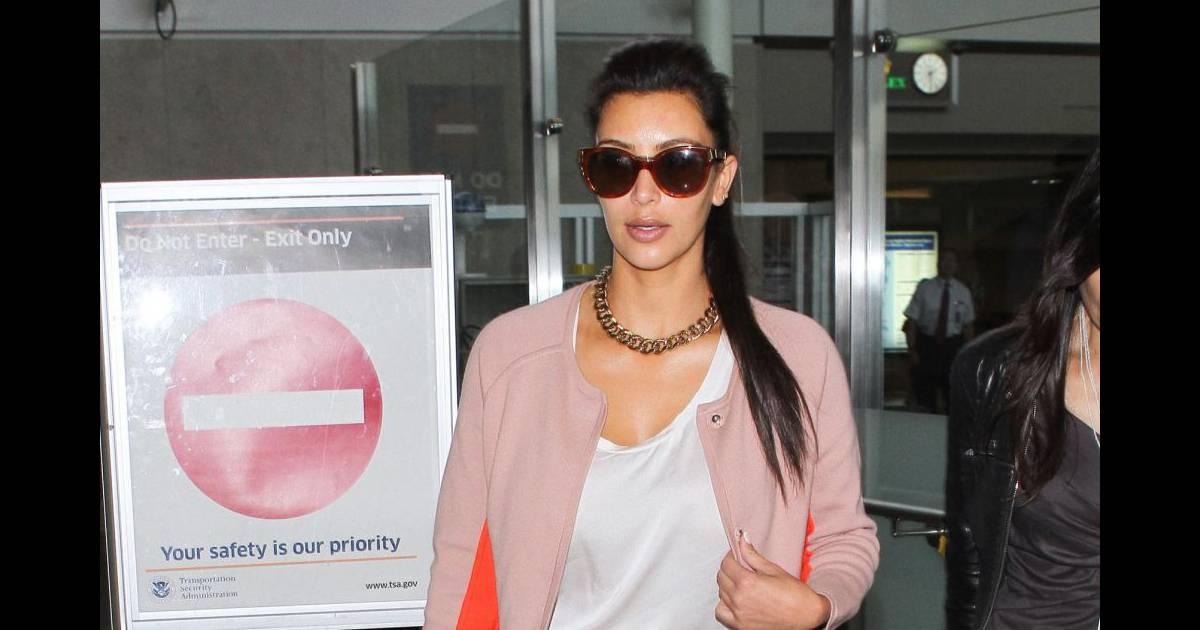 Kim Kardashian Arrive 224 L A 233 Roport De Los Angeles Le 22