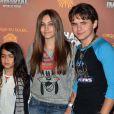 Prince, Paris et Blanket, les trois enfants de Michael Jackson à visage découvert, à Los Angeles, le 27 janvier 2012.