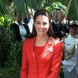 Kate Middleton lors de la tournée royale en Amérique du nord en juin-juillet 2011.   Catherine, duchesse de Cambridge (Kate Middleton), devenue de manière fulgurante une icône de style depuis son entrée dans la famille royale, s'en est souvent remise au bleu, une couleur qu'elle affectionne, pour des occasions spéciales.