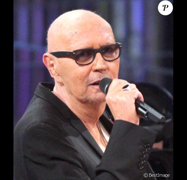 Eric Charden lors de l'enregistrement de l'émission Les Années Bonheur le 13 mars 2012 - diffusion le 5 mai