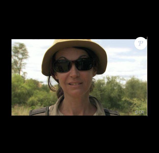 Zabou Breitman dans le sud-ouest de l'Éthiopie dans Rendez-vous en terre inconnue, sur France 2