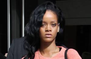 Rihanna, 3e femme la plus sexy selon les Anglais, s'amuse en club de strip-tease